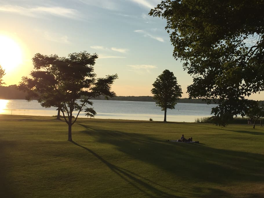 Beautiful Lake Quannapowitt at sunset.