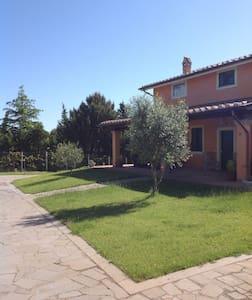 B&B Villa Giada - 2 camere +2 bagni - Sutri