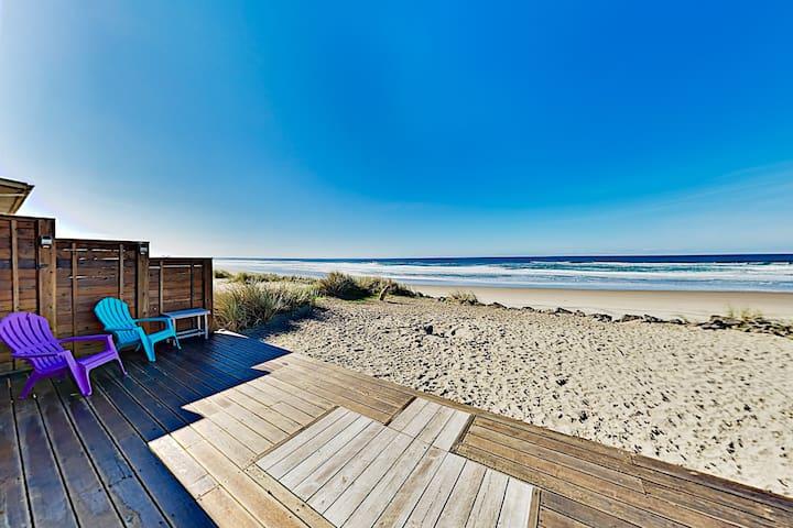 """Rockin' Away Beach House"" with Ocean-View Deck"