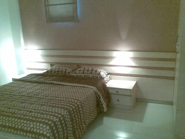 1 BHK Service apartment - Lane 6 - KP