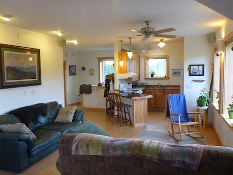 Denali Park Place - Secluded Alaskan Elegance!