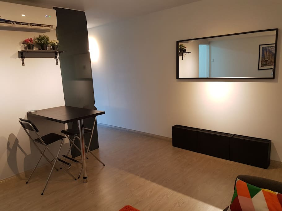 Living room with air cond