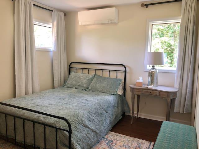 Bedroom #3 (on main floor) - queen bed