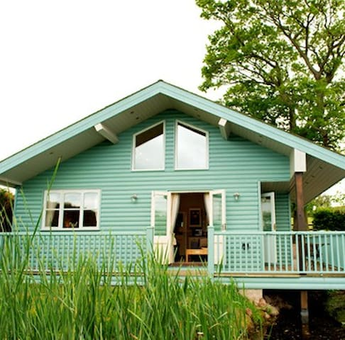 Beautiful Lake House - Netley - Chalet