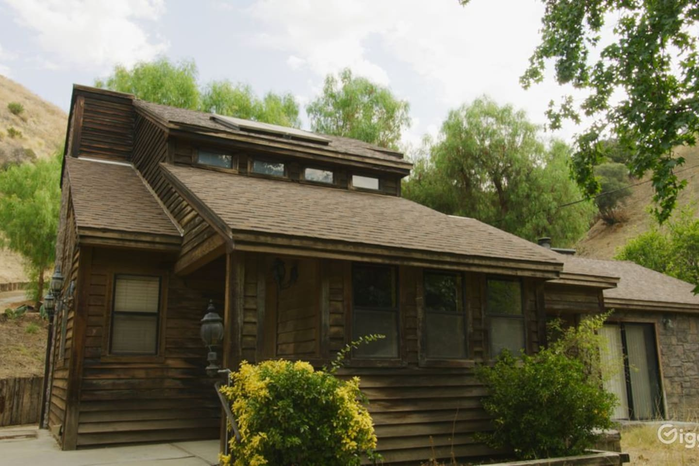 Beautiful log cabin tucked away in our properties own box canyon. Private and very secluded