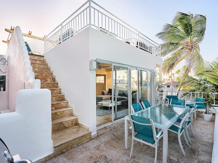 Ocean front, luxury 2BR Penthouse, private beach
