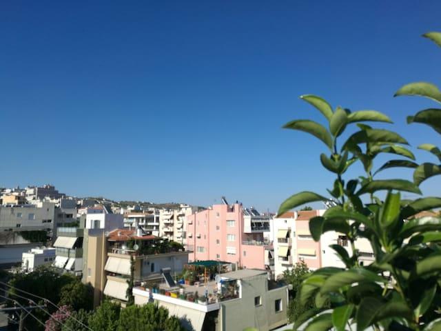 拥有超大平台的温馨家园(宝樾阁) - Pallini - Apartment