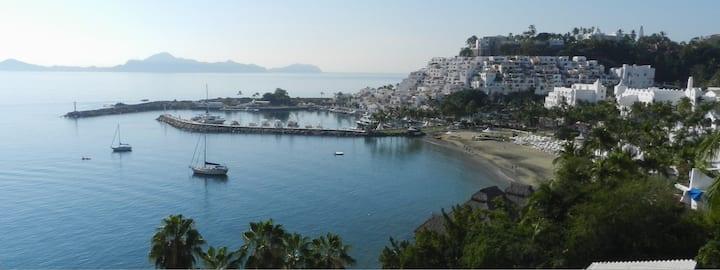 Ocean View Loft Las Hadas Santiago Manzanillo.