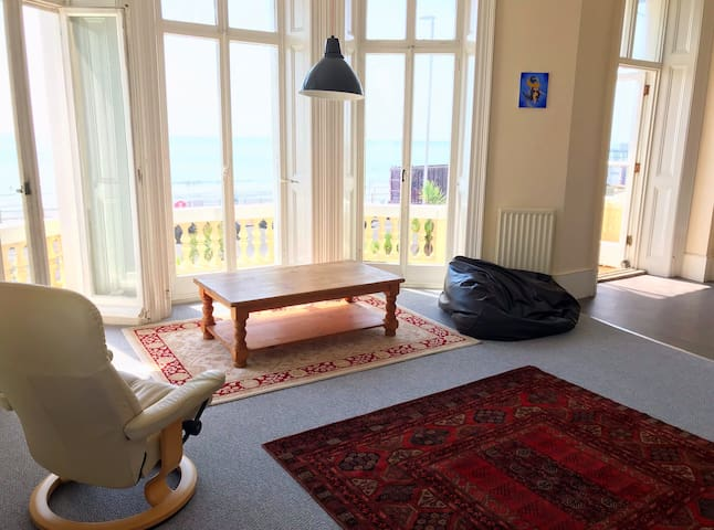 Beautiful seafront flat in the heart of Hastings