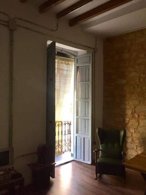 pequeño balcon / small balcony