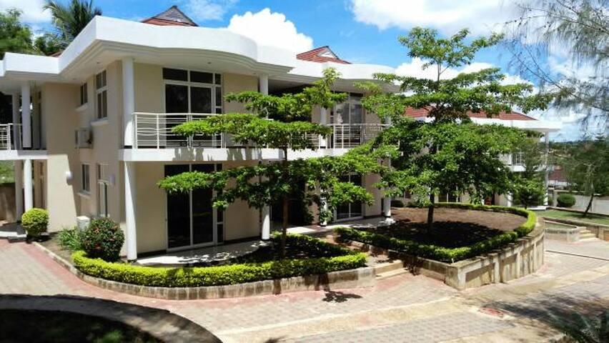 Banda Beach Apartment