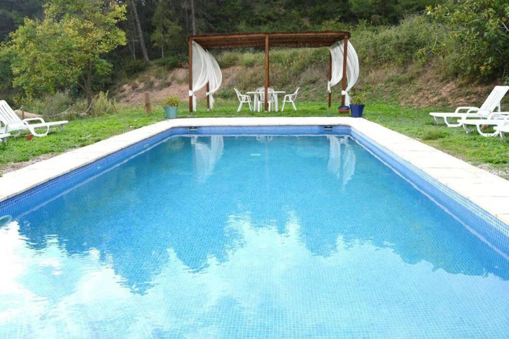 Piscina - Swimming pool (compartida con/shared with La Mentideta)