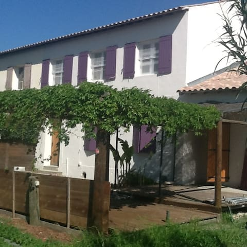 bethesda - Arles - Talo