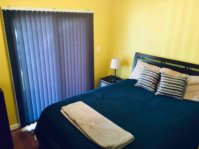 Private Room: Charlottesville 1.5mi to downtown