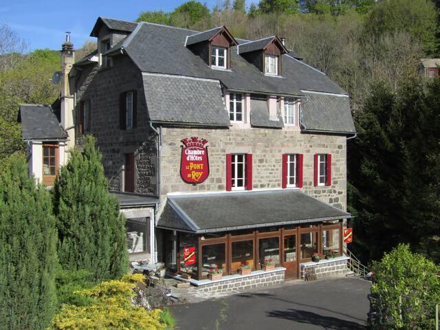 Bed & Breakfast Le Pont du Roy, een gastvrij adres