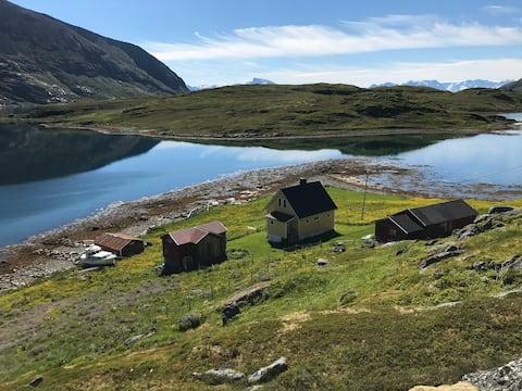 Idyll in Hasfjord in Hasvik municipality on Sørøya.