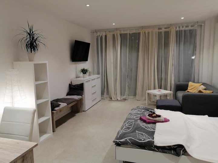 *Neu* Moderne, gemütliche Wohnung nahe Frankfurt