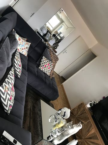 Schöne helle 3 Zimmer Wohnung.