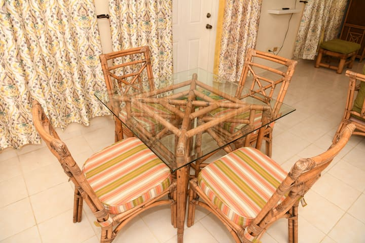 Dining Room Set - sits 4