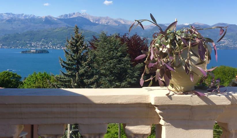 Il Lago visto da Binda - Lakeview from Binda on the hills above Stresa