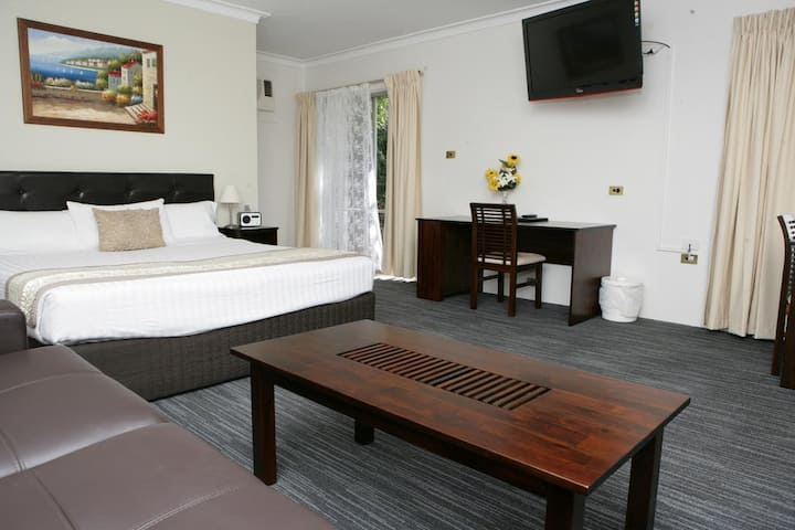Executive King Room at the Sanctuary Resort