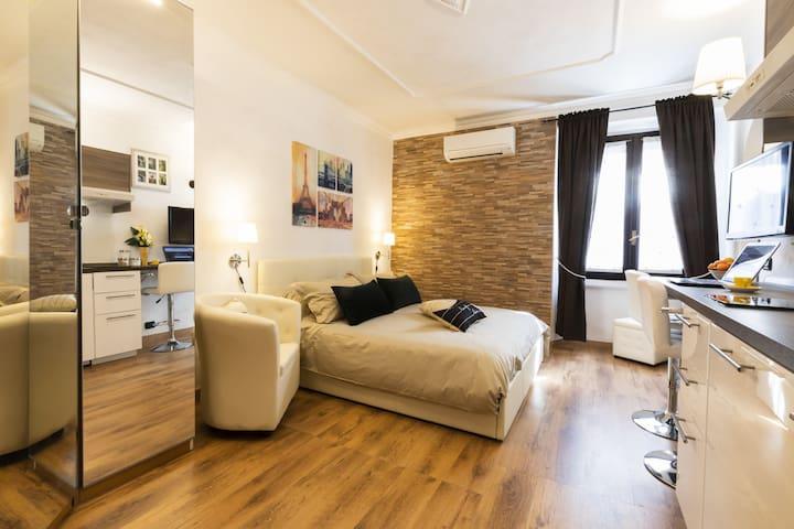 Smart Apartment -  Milan Downtown