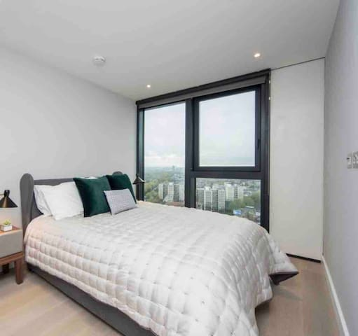 Stylish Central London 1 Bed with London City View