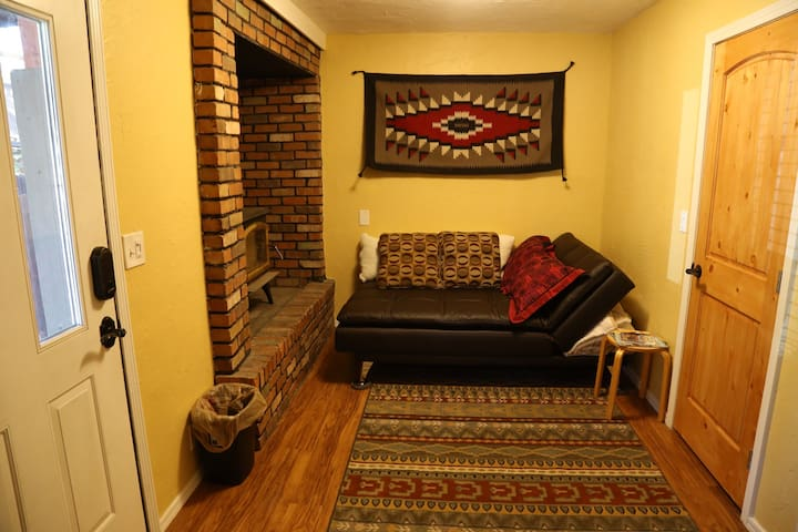 Private Suite in Downtown Flagstaff