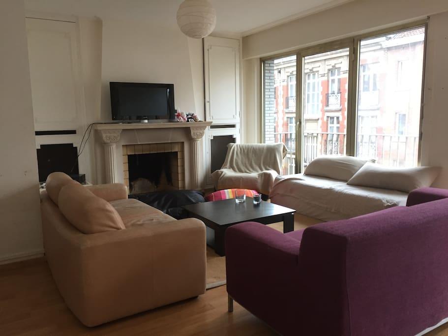 chambre hypercentre de lille appartements louer lille hauts de france france. Black Bedroom Furniture Sets. Home Design Ideas