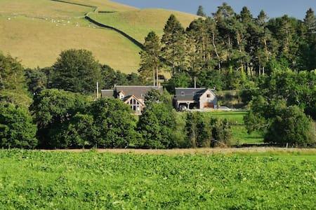 The Barn @ Dormouse Cottage