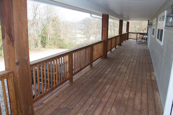 2 bedroom 1.5 bath apartment. Smoky Mountain C