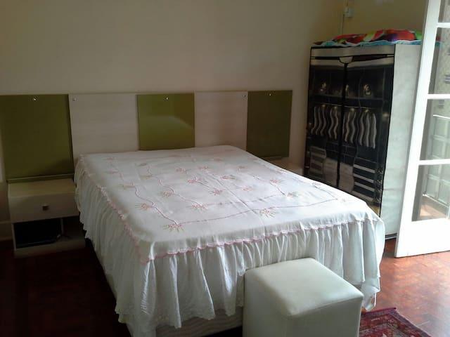 Suíte em bairro nobre de Santos - Santos - Apartment