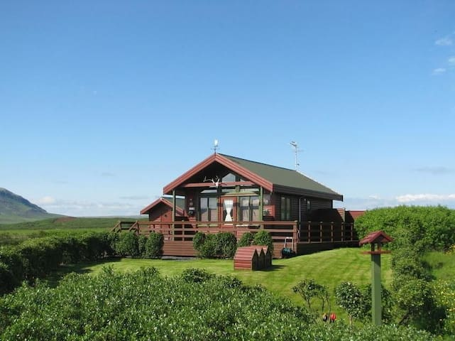 Cozy cabin - Great location in South Iceland - Selfoss - Chalet