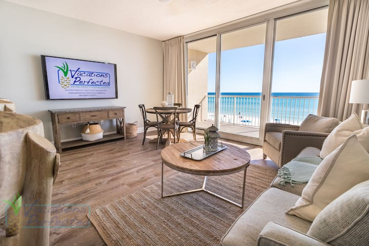 Ocean view third floor Majestic condo, sleeps 4