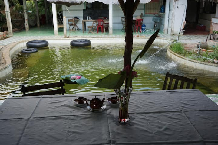 Mekong Family Nam Giang bed and breakfast