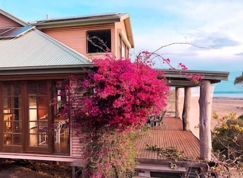 Unni Gardens: Cape Jervis Country Getaway