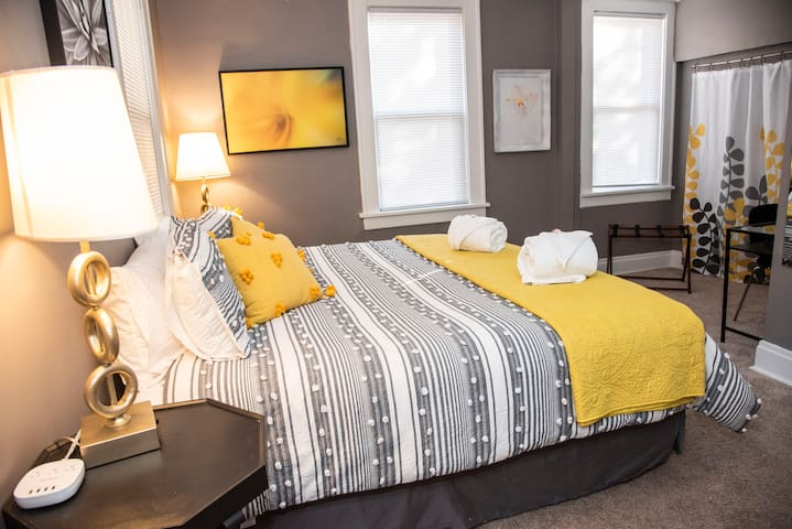 King size bed with new foam mattress. Ample Electrical Outlets w/USB ports throughout home.