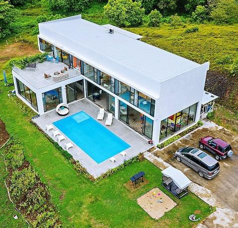 Zoe Garden Coral Coast