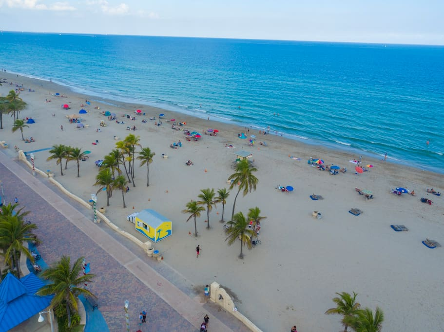 You can't get much closer to the beach and boardwalk than this - just one block from the action