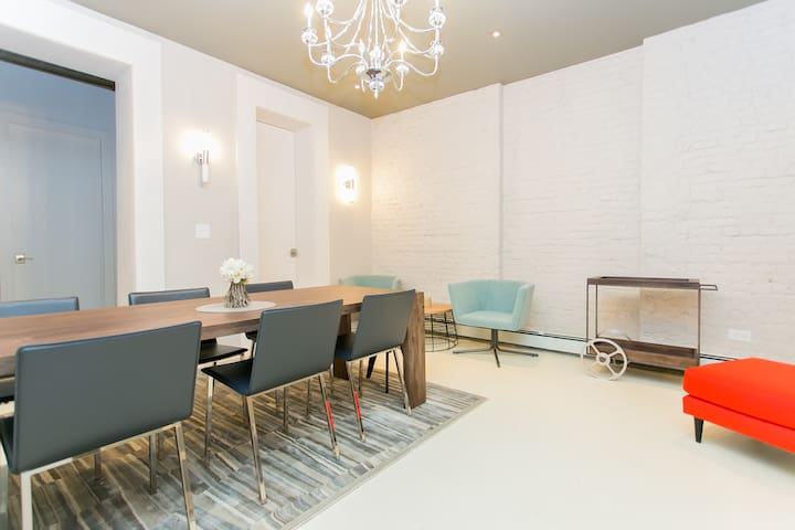 SoHo Loft Private Room! Perfect Location!!!