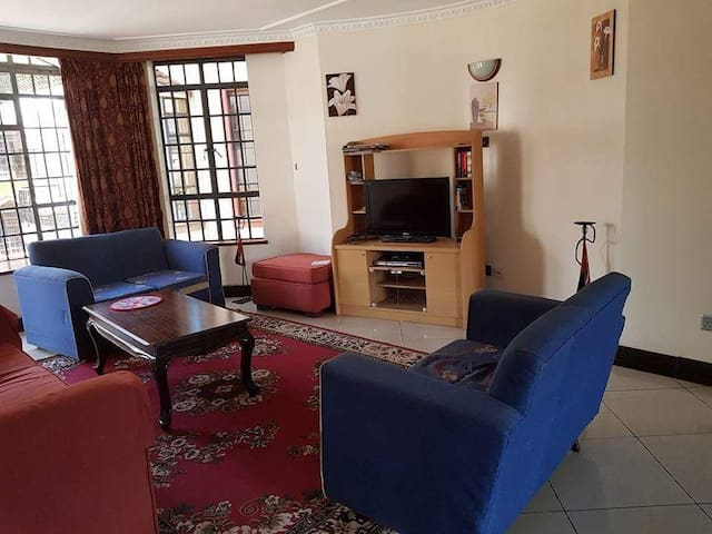 Lovely Apartment share -Lavington