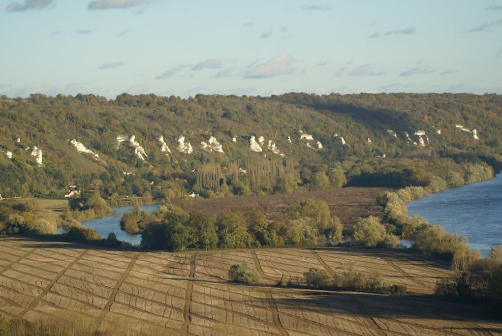 Falaises de craie de la Vallée de la Seine, patrimoine mondial de l'UNESCO.