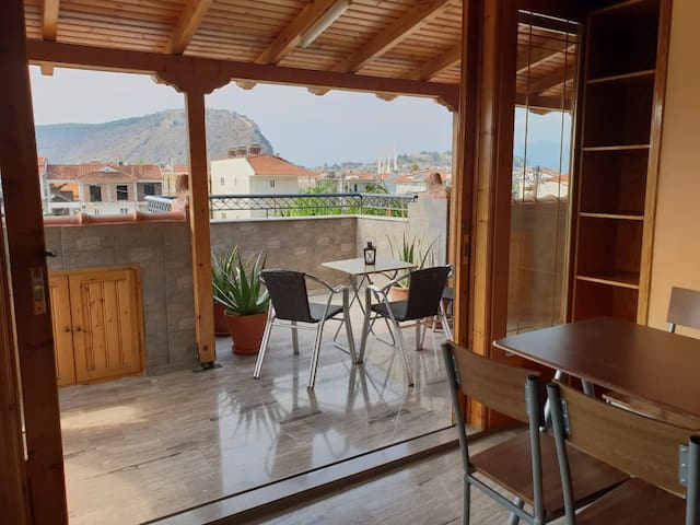 Marilena Apartment with view to Palamidi Castle
