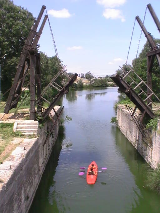 pont Van Gogh en canoe