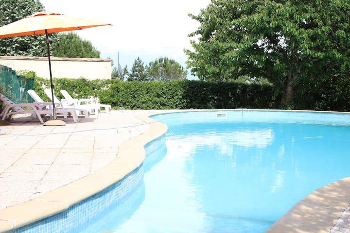 Studio pour 4 personnes avec piscine - Mimet - Appartement