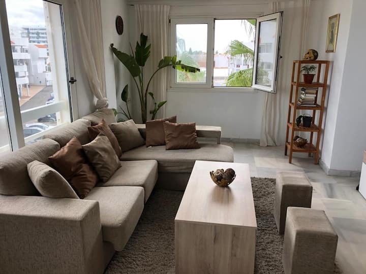 Ushuaia apartment beachfront • Playa d'en Bossa