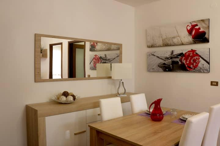 2-room apartment, 1 bathroom, 70mq Town Centre