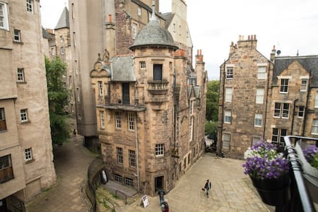 Luxury Flat in the heart of Edinburgh Old Town - Edinburgh
