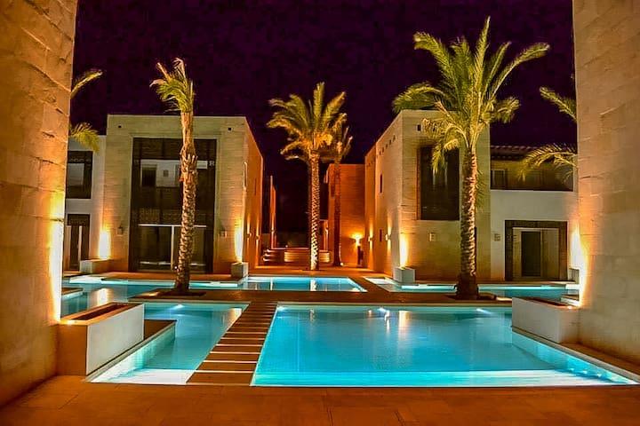 Stunning ElGouna 1bdrm overlooking 24hr pool