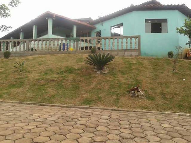 Chácara no Recanto das Andorinhas - Congonhas - Casa